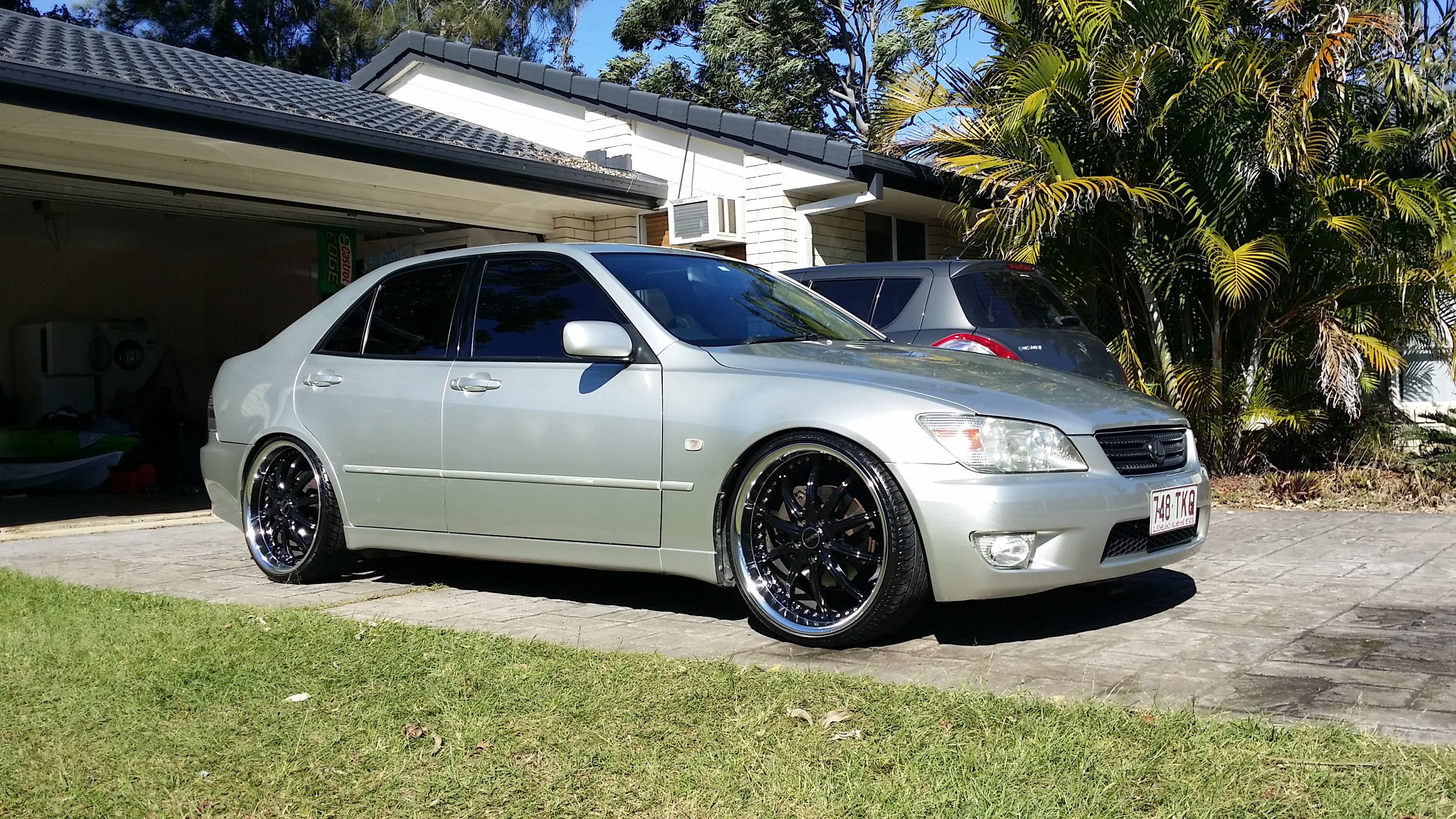 2000 lexus is200 sports luxury gxe10r for sale or swap. Black Bedroom Furniture Sets. Home Design Ideas