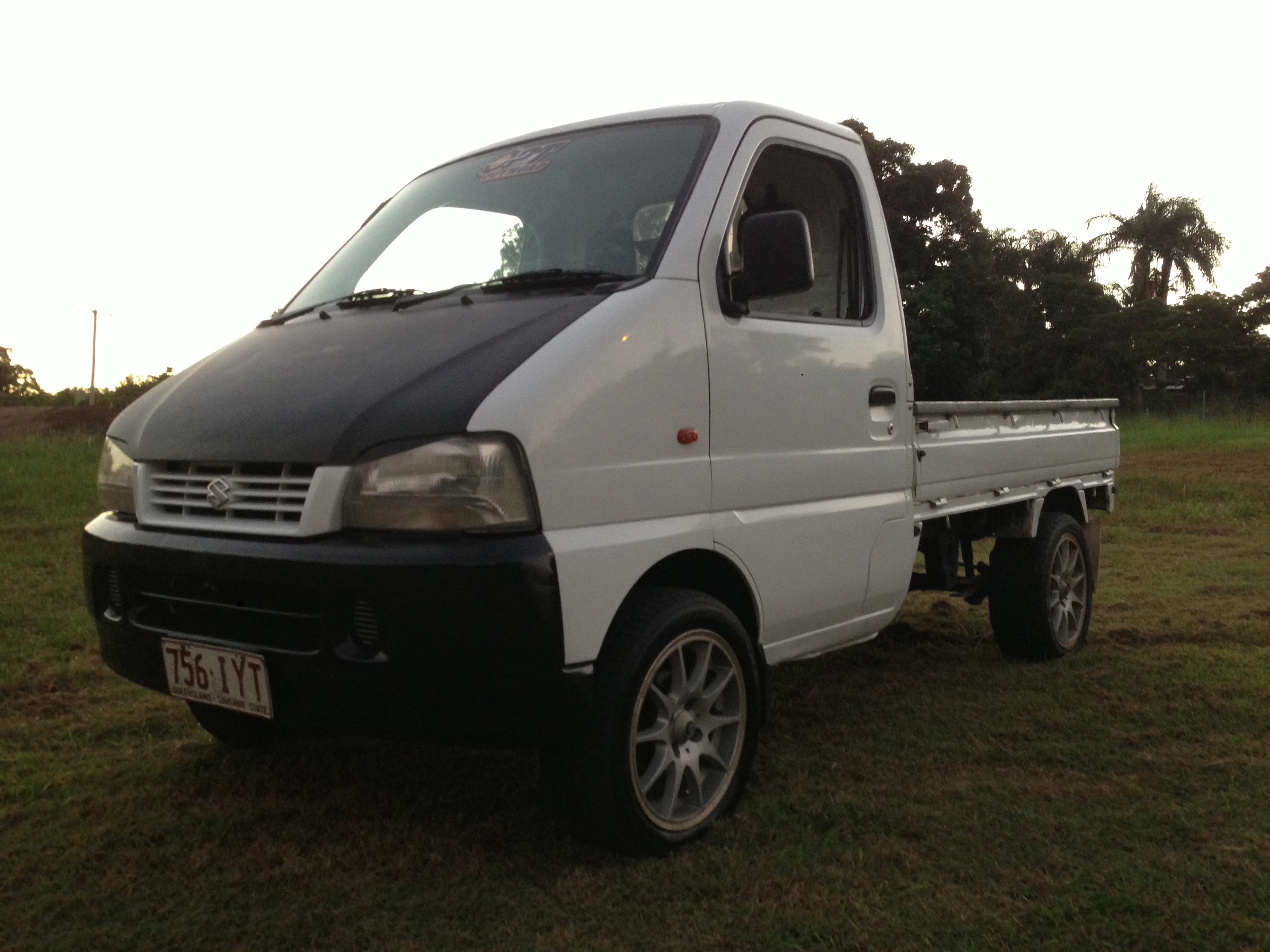 2000 suzuki carry truck 4x4 car sales qld sunshine coast 2590035. Black Bedroom Furniture Sets. Home Design Ideas