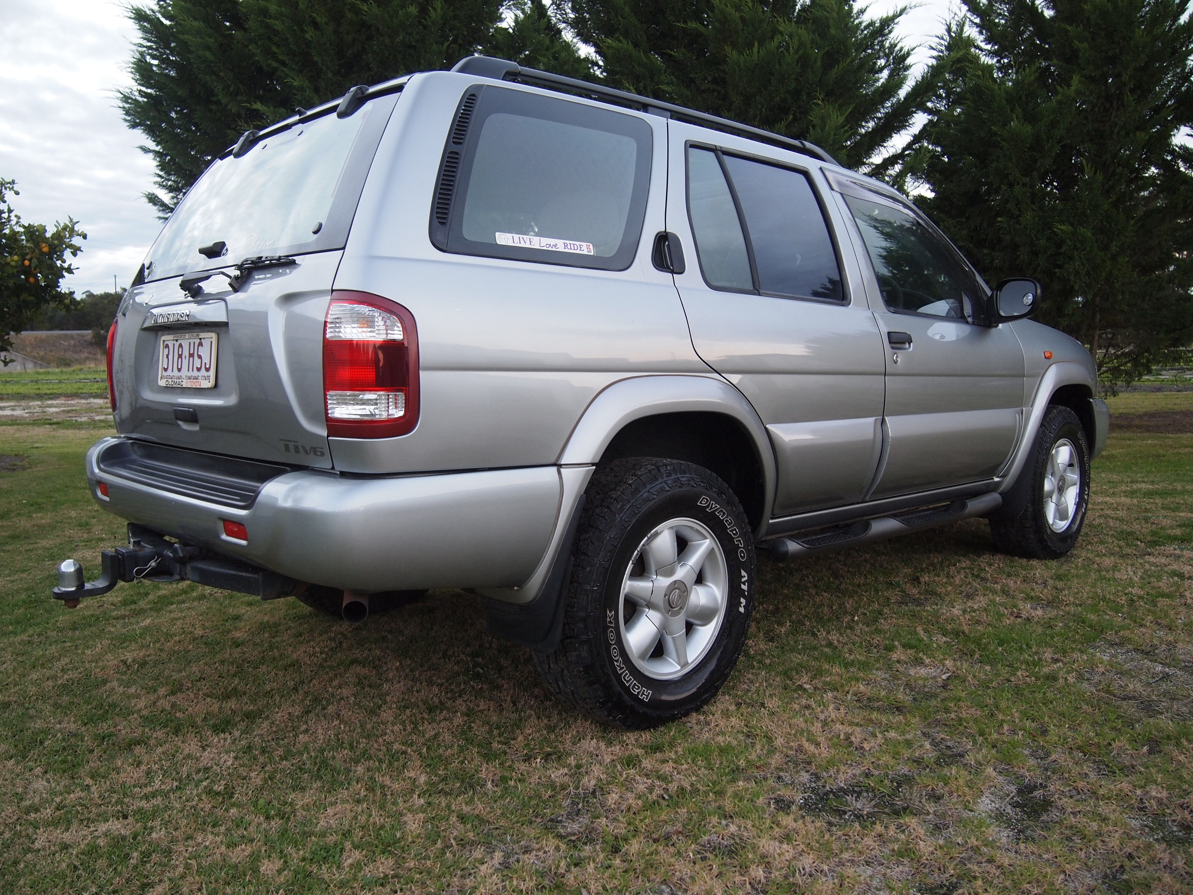 2001 nissan pathfinder ti 4x4 my03 car sales qld. Black Bedroom Furniture Sets. Home Design Ideas